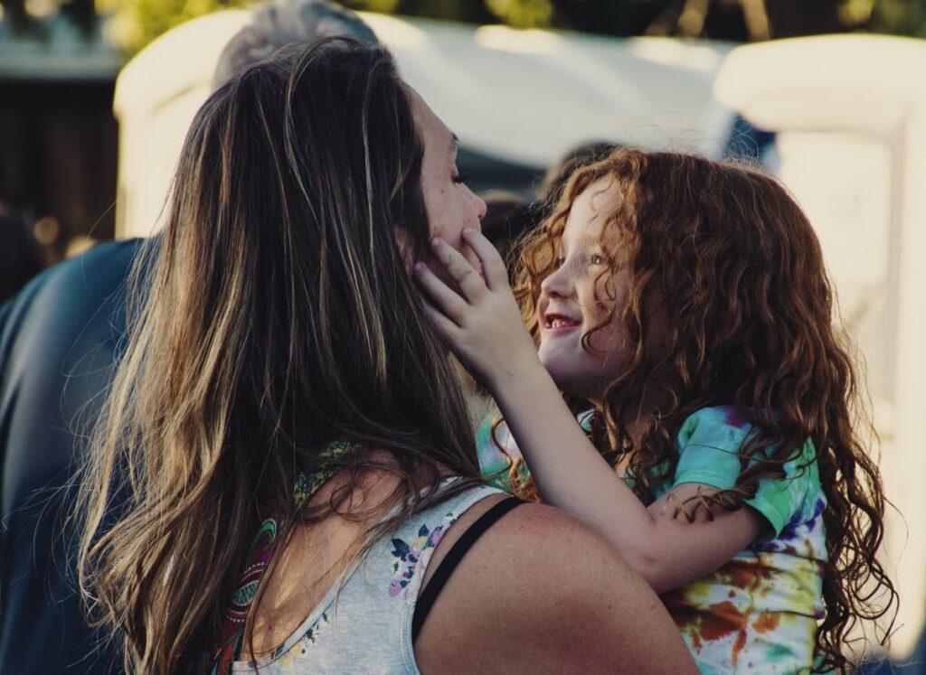Se han realizado estudios sobre el vínculo madre-hija